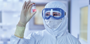 The advantage of single-use garments in a cleanroom environment
